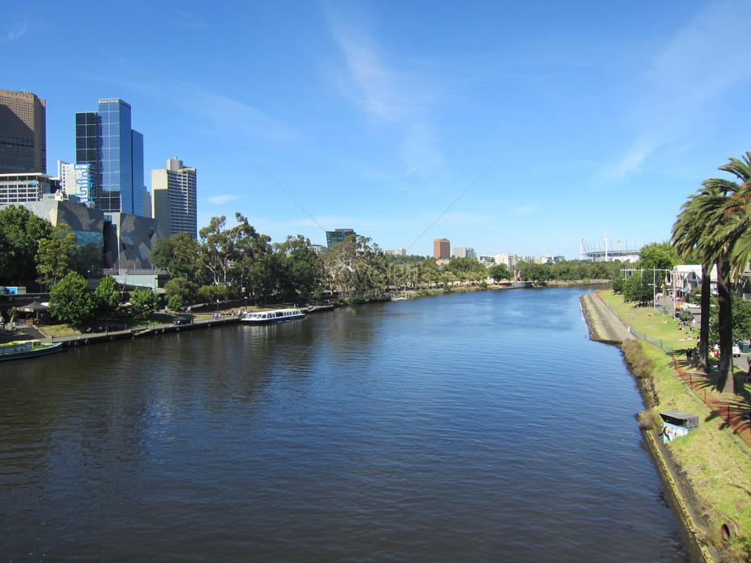 5 lời khuyên cho chụp cảnh thành phố bờ sông vào giờ xanh